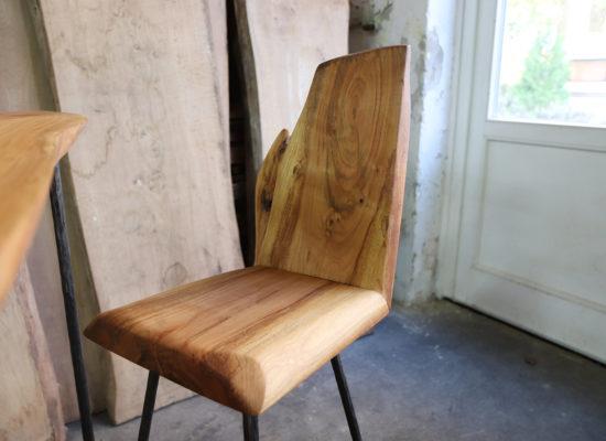 Vollholzz- Stuhl